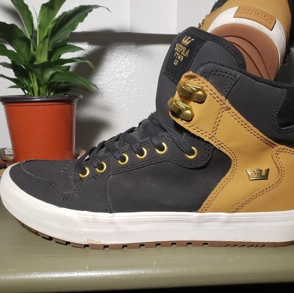 Supra Vaider CW Black and tan skate shoes
